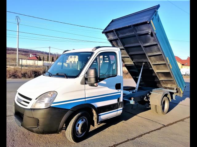 IVECO Daily basculabil 35C18